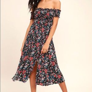 NWT Lulu's View from the Meadow Floral Dress